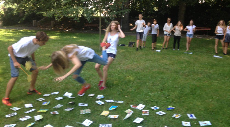 Fotky z anglického příměstského tábora v Budějovicích – týden od 18.7.2015